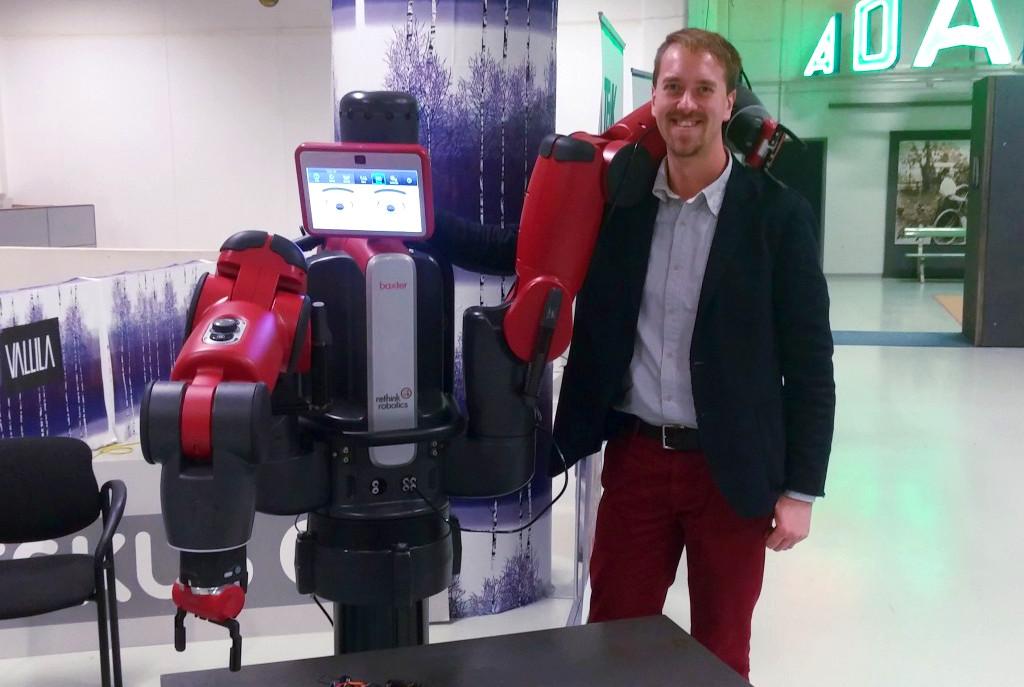 Airo island robot display, Baxter by Rethink robotics